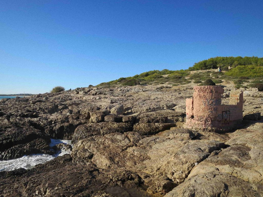 trail from villanova to sitges